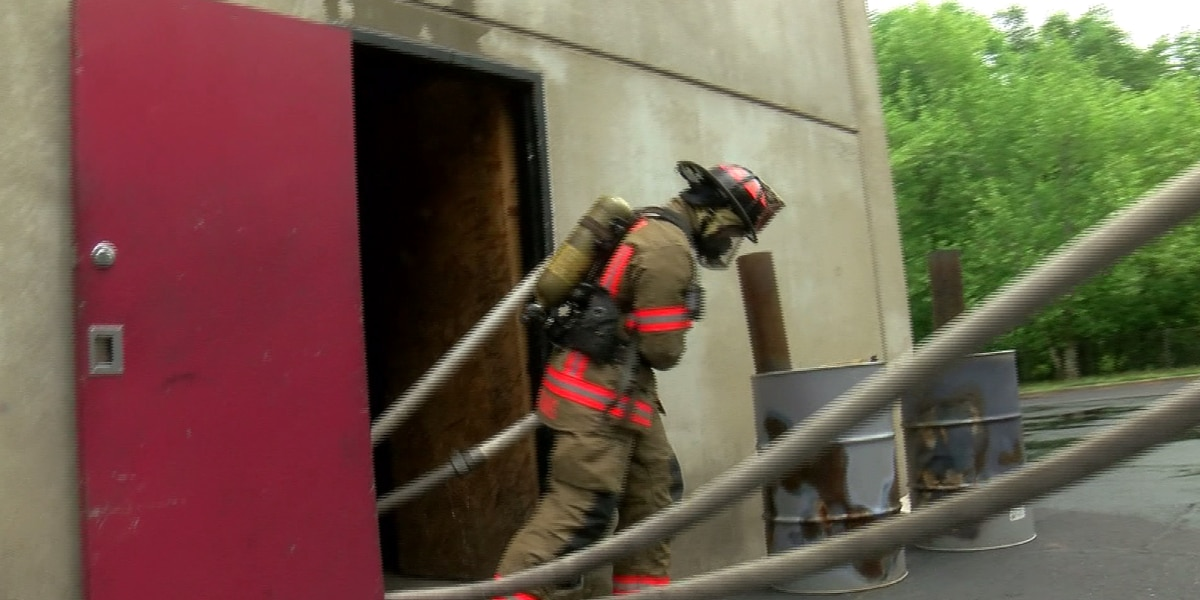 EFD hosts fire training simulation for recruits