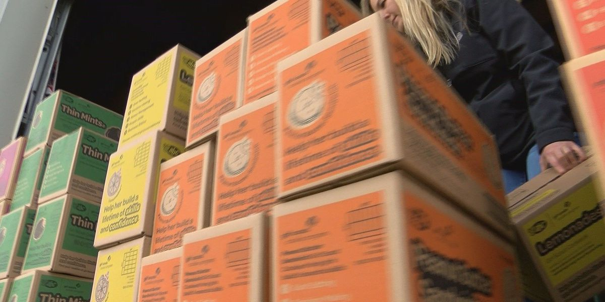 Volunteers sort, pack thousands of Girl Scouts cookie orders