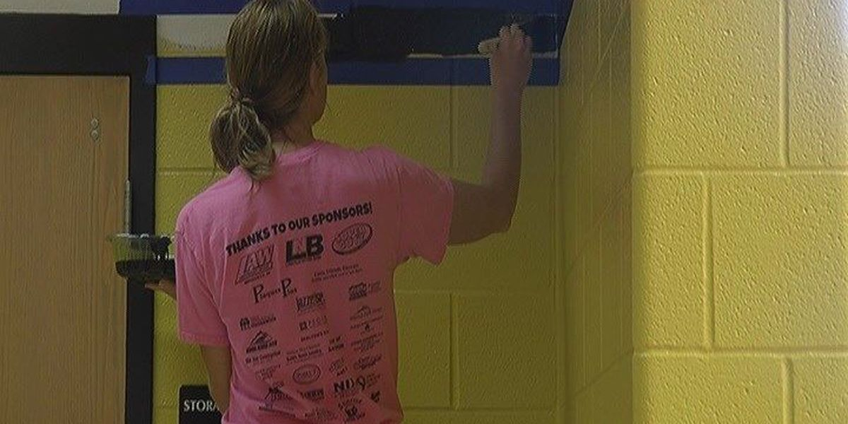 Boonville HS students give gym facelift