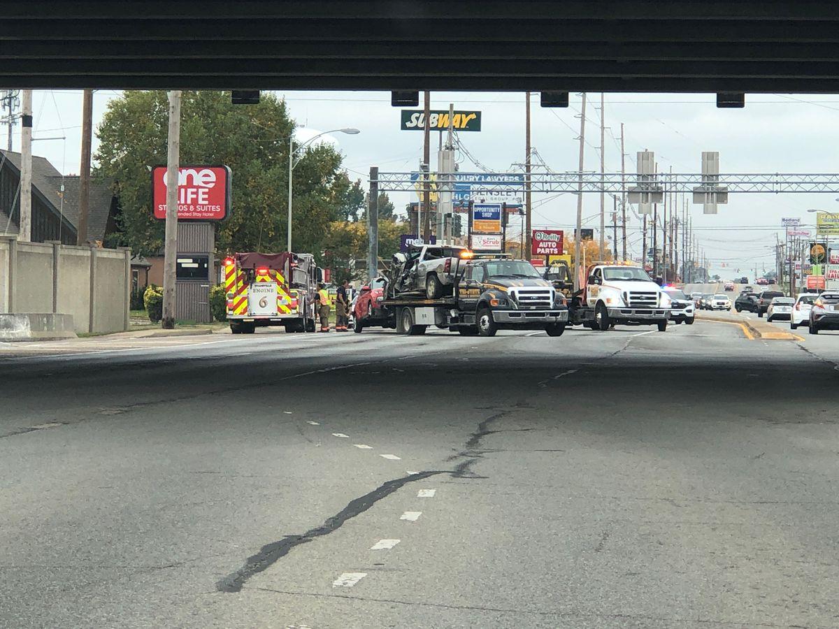 Dispatch: Northbound lanes of Green River Road shut down due to crash
