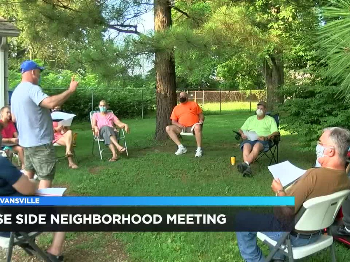 Southeast Side Neighborhood Association holds 1st meeting in months