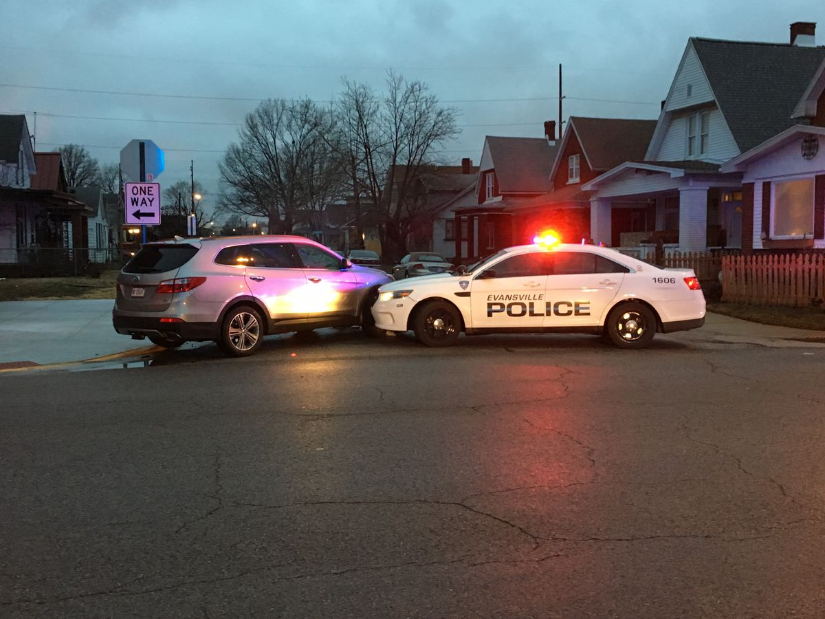 Police chase ends after pursuit through Evansville east side