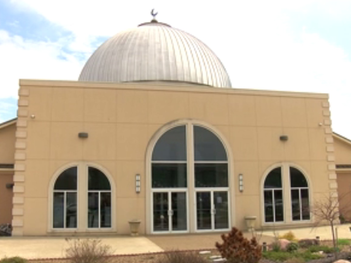Islamic Center of Evansville to distribute food on Fri.