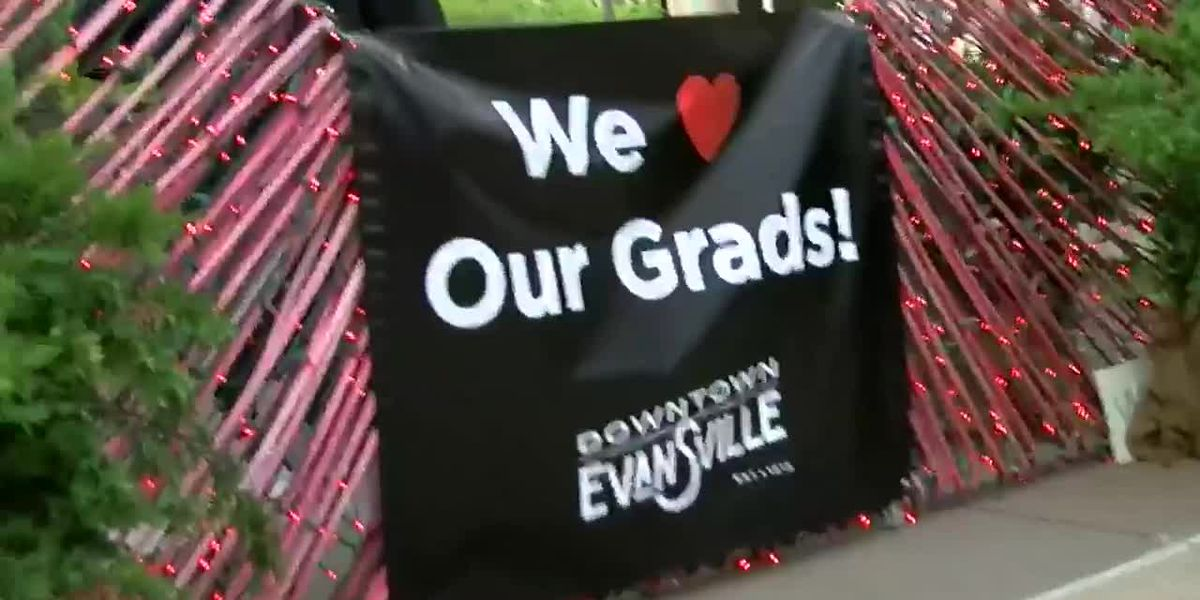 Evansville Sig School holds end-of-year parade for students