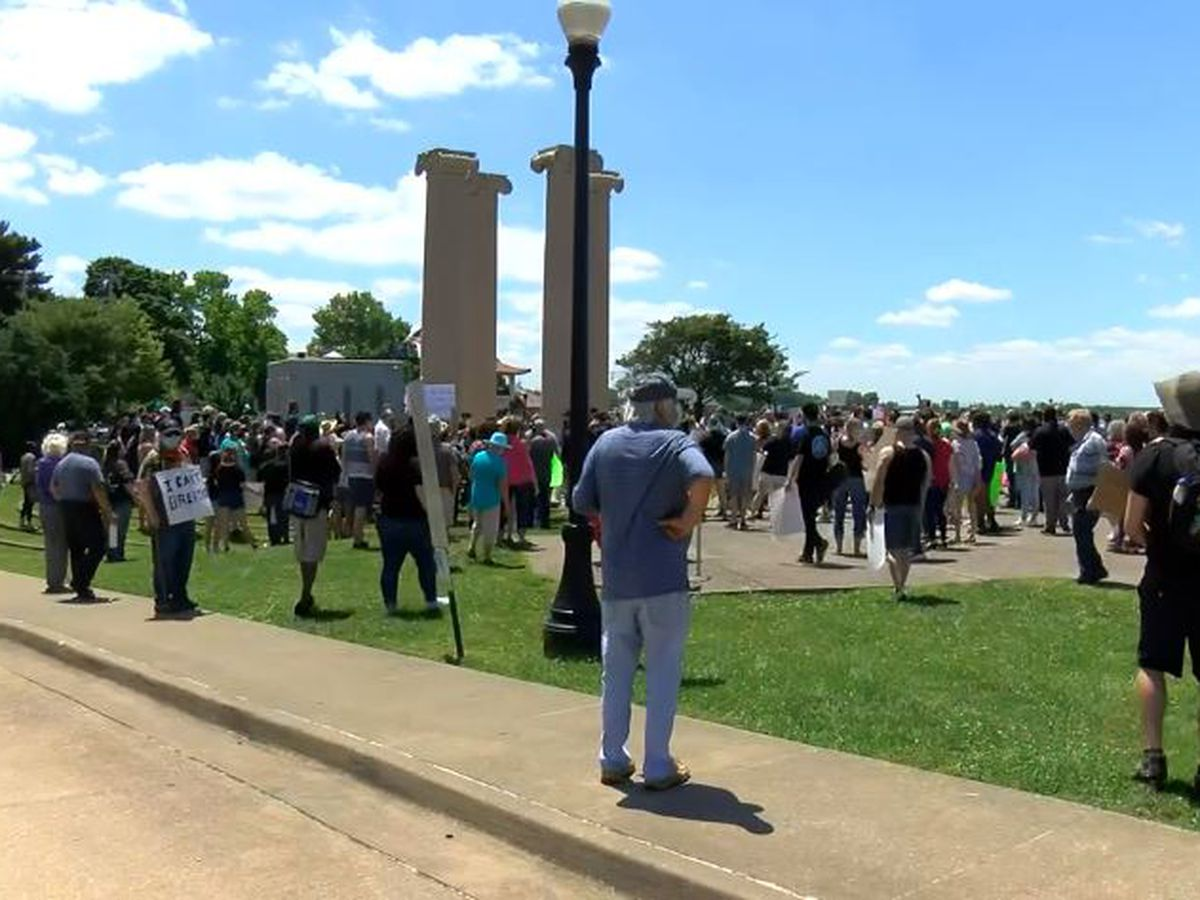 Gatherings in Evansville and Owensboro follow several around the country