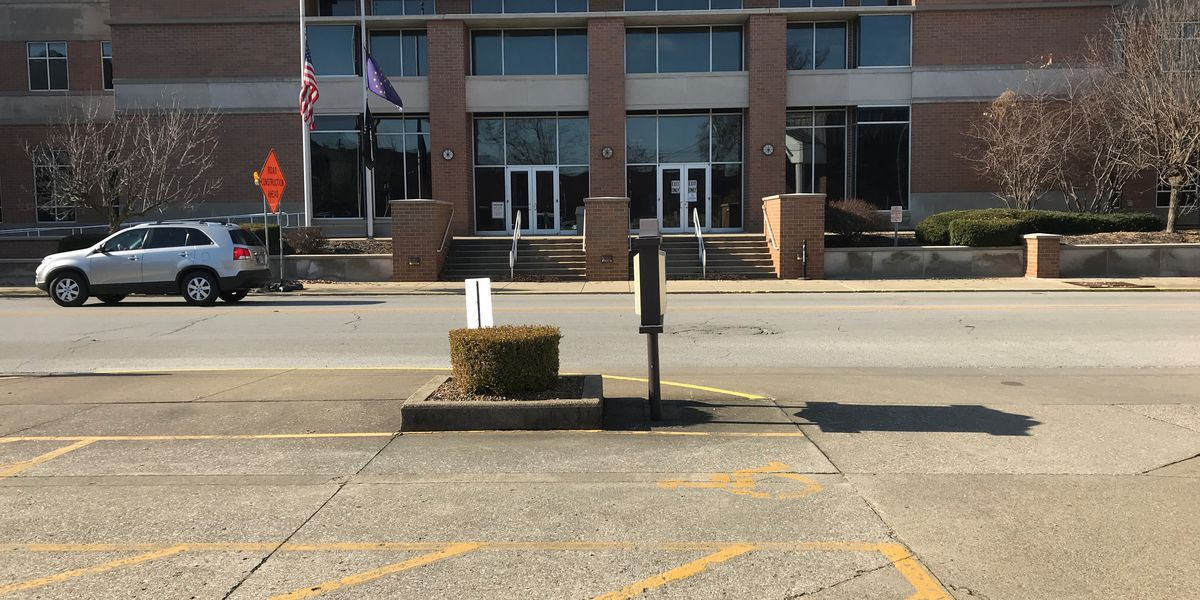 Suspicious backpack found near Warrick Co. Judicial Center