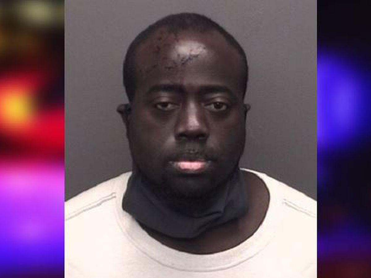 EPD: Driver drops drugs in front of officers after crash