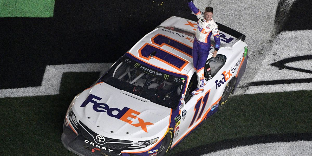 Denny Hamlin cruises to 2nd Daytona 500 victory in 4 years