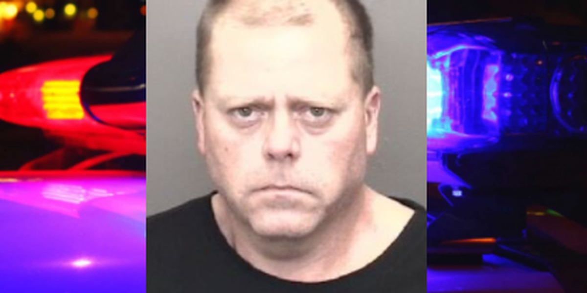 Evansville man arrested after allegedly crashing stolen motorcycle while running from deputies