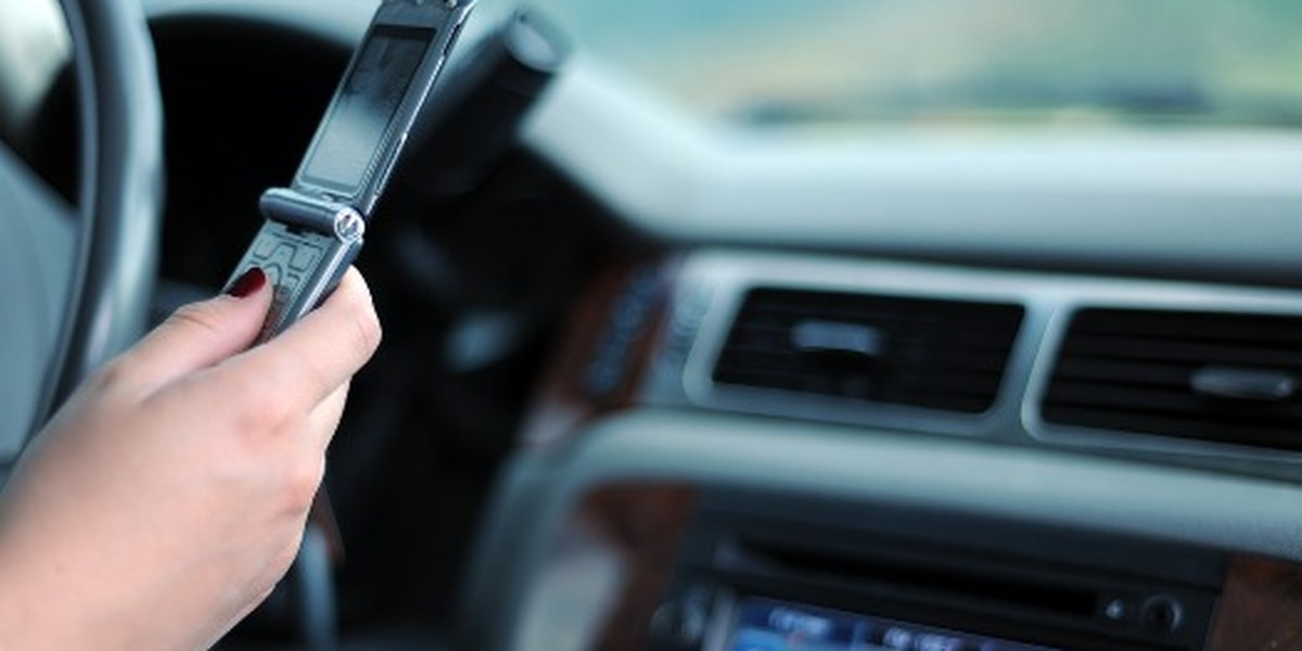 Indiana hands-free driving law goes into effect Wed.