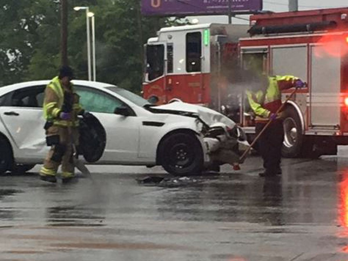 Two crashes disrupt traffic on Henderson strip