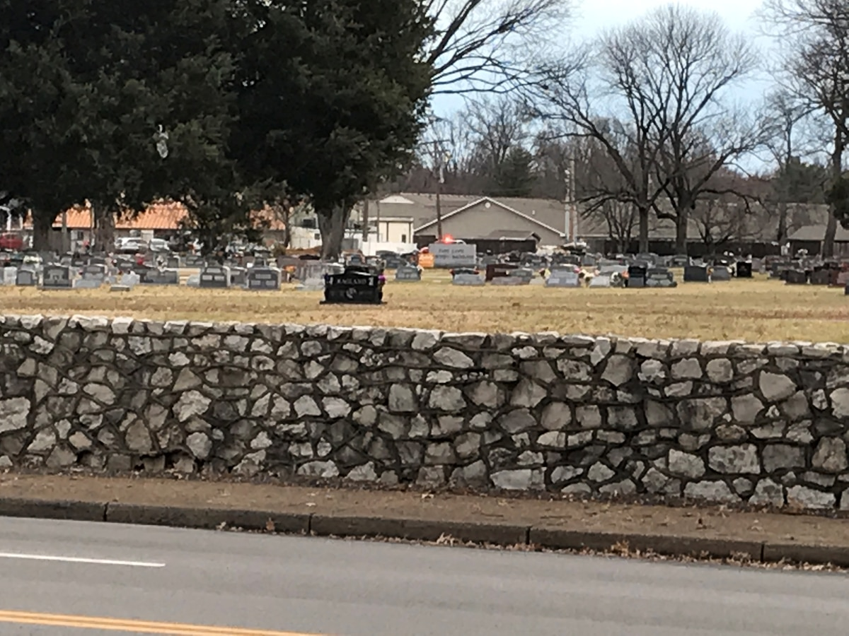 Crews respond to fire at Park Lawn Cemetery
