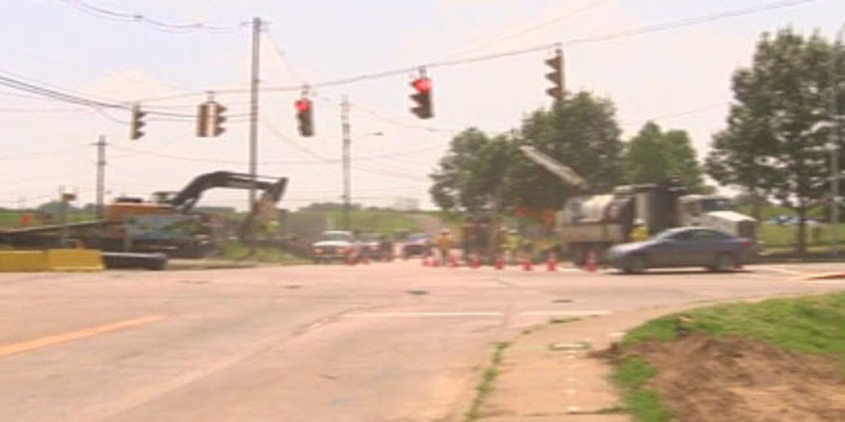 Traffic Alert: Veterans Memorial Pkwy. down to 1 lane