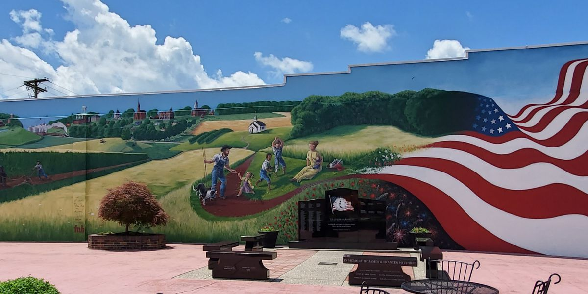 Large mural honors small town life in Fairfield, IL