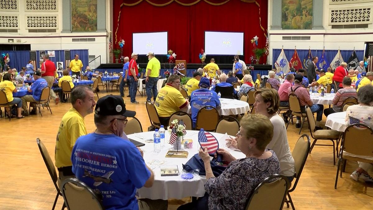 Dozens of Tri-State veterans gather at Coliseum for meet & greet