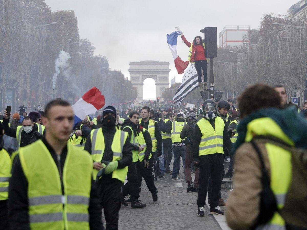Paris police bracing for more violent protests
