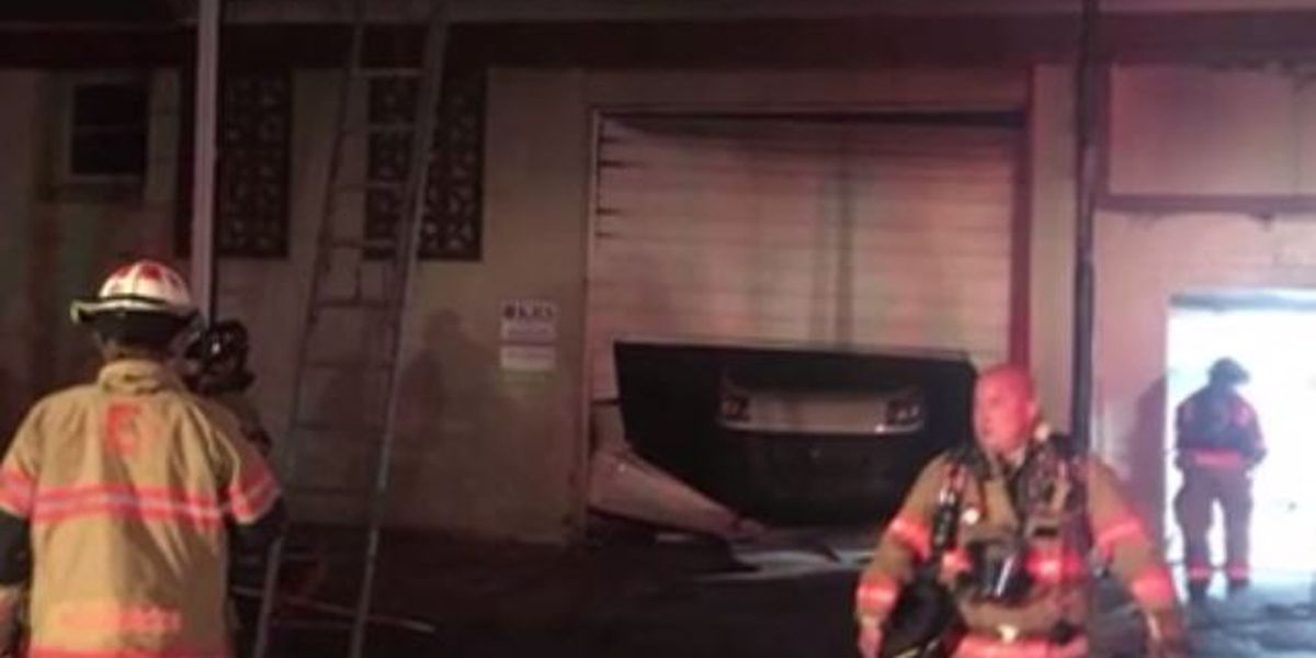 Fire breaks out at Evansville business