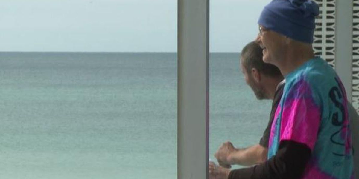 Man battling terminal cancer sees the ocean in-person for the first time