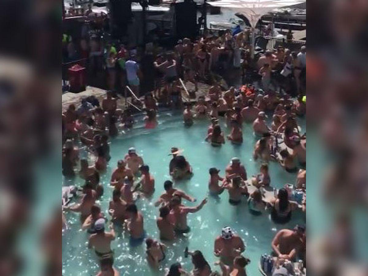 Crowds pack pool bar at Lake of the Ozarks amid pandemic