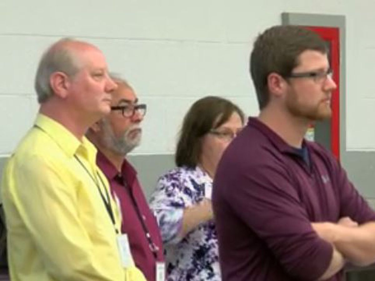 INDOT holds open house to talk about projects