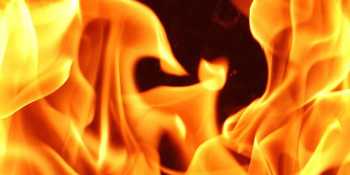 Crews respond to Tues. morning storage unit fire in Evansville