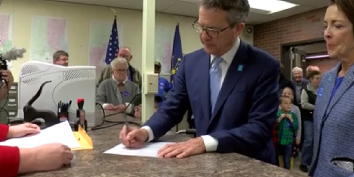 Evansville council takes pay increases to vote