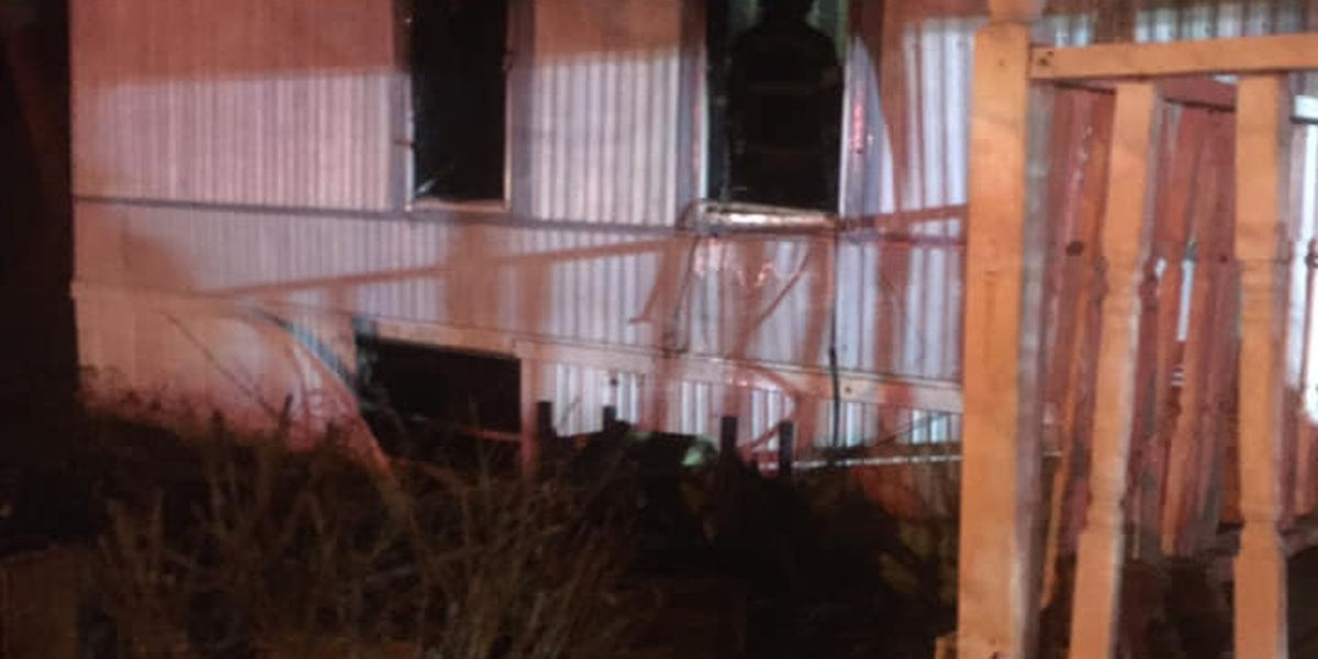 Mobile home destroyed by fire in Hartford, KY
