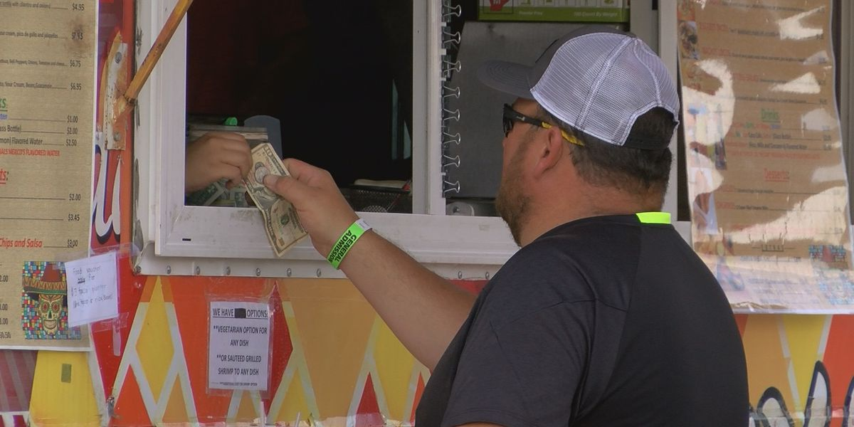 Third annual Evansville Food Truck Festival draws thousands to Bosse Field