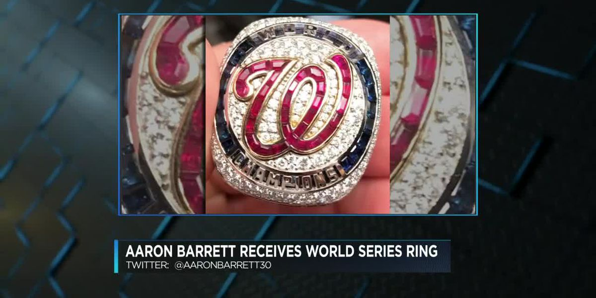 Aaron Barrett shows off World Series ring on Twitter