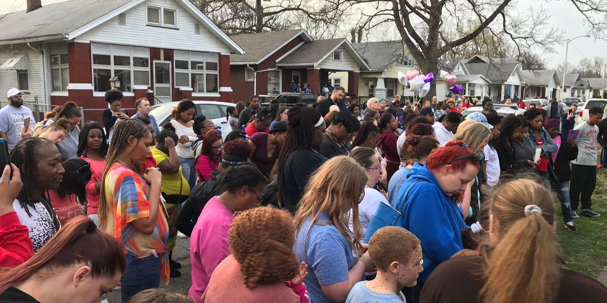 Hundreds gather to honor Aleah Beckerle