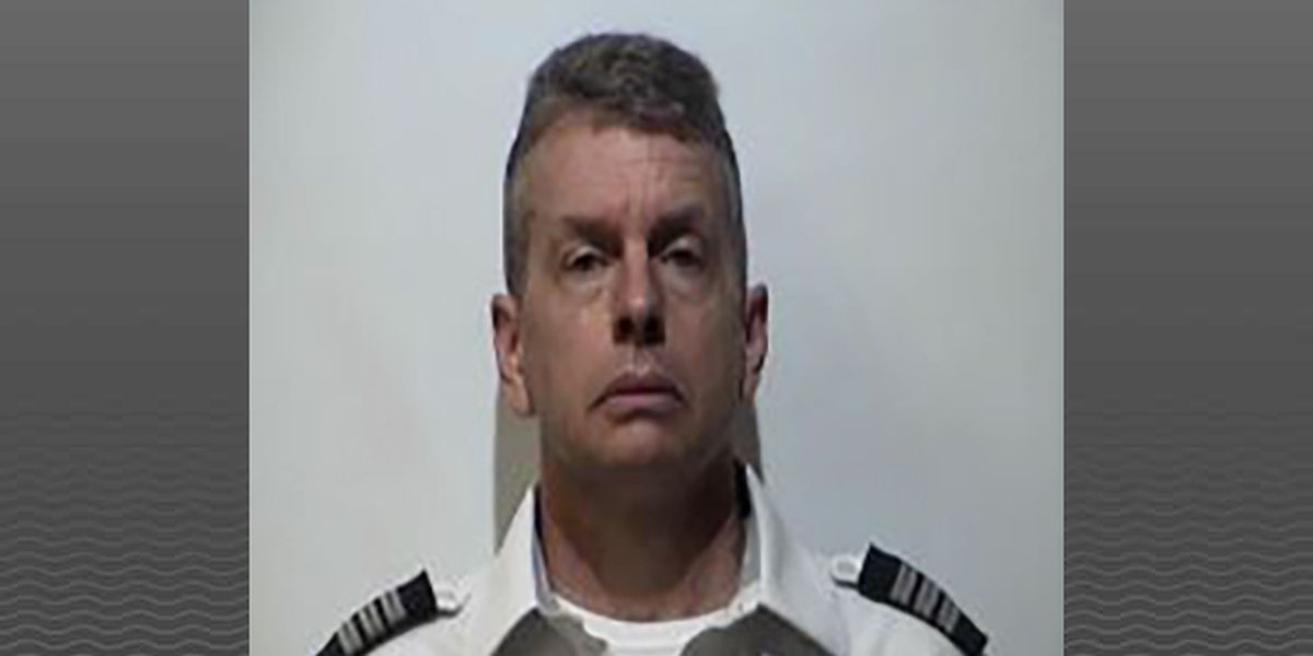 American Airlines pilot arrested at Louisville airport, charged in 2015 triple homicide