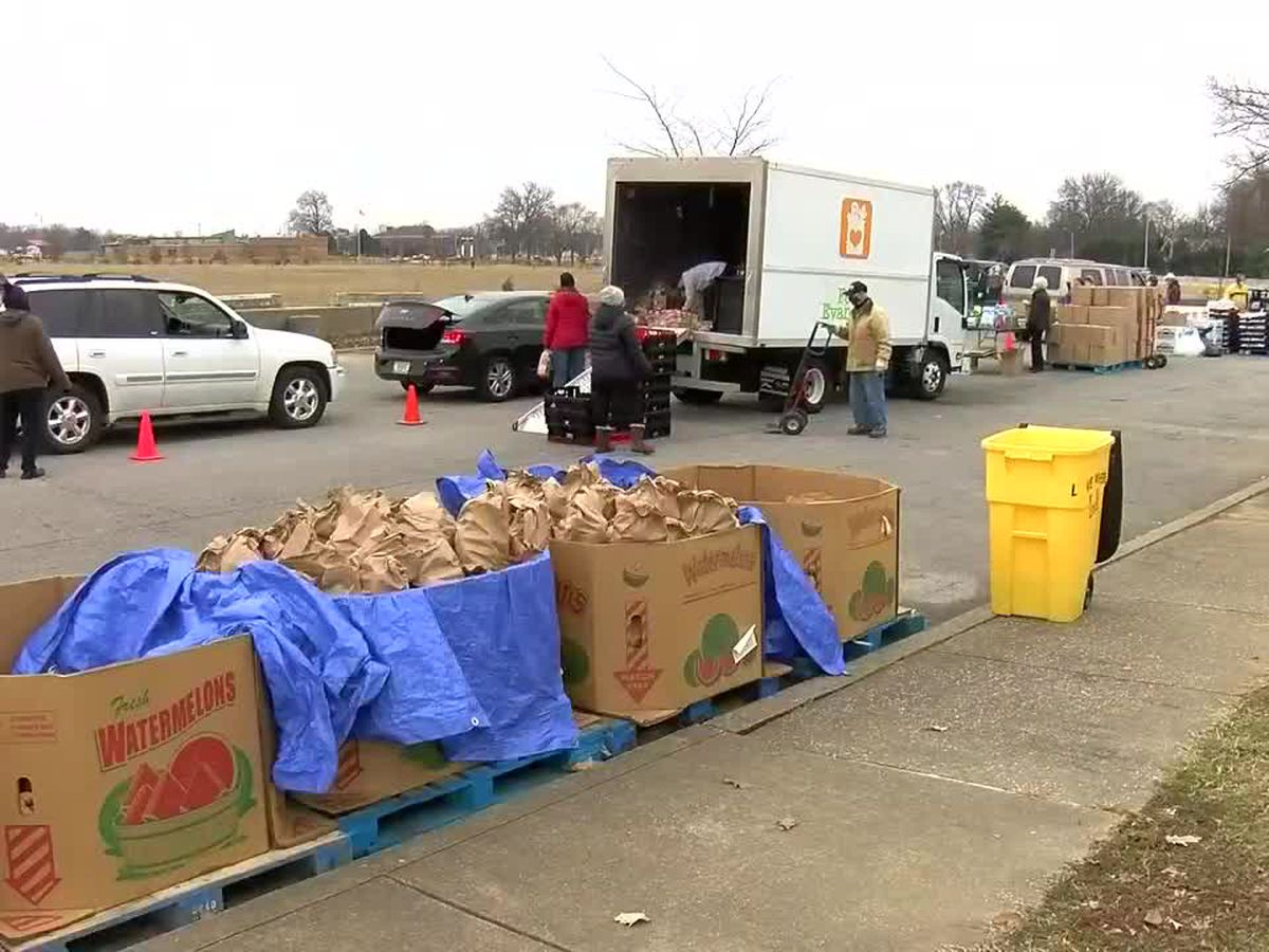Feed Evansville hosts free food drive Wed.