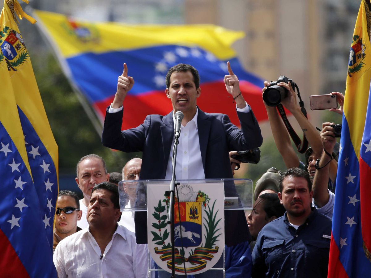 Venezuela cuts off diplomatic relations with US after Trump says Maduro should resign amid protests