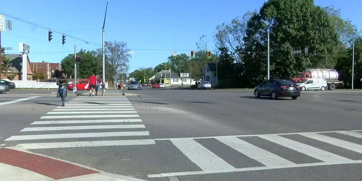 INDOT joins Mayor Winnecke to announce new pedestrian crossing near Bosse High School