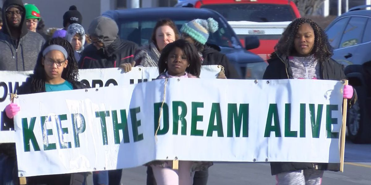 Hundreds celebrate MLK Day in Owensboro