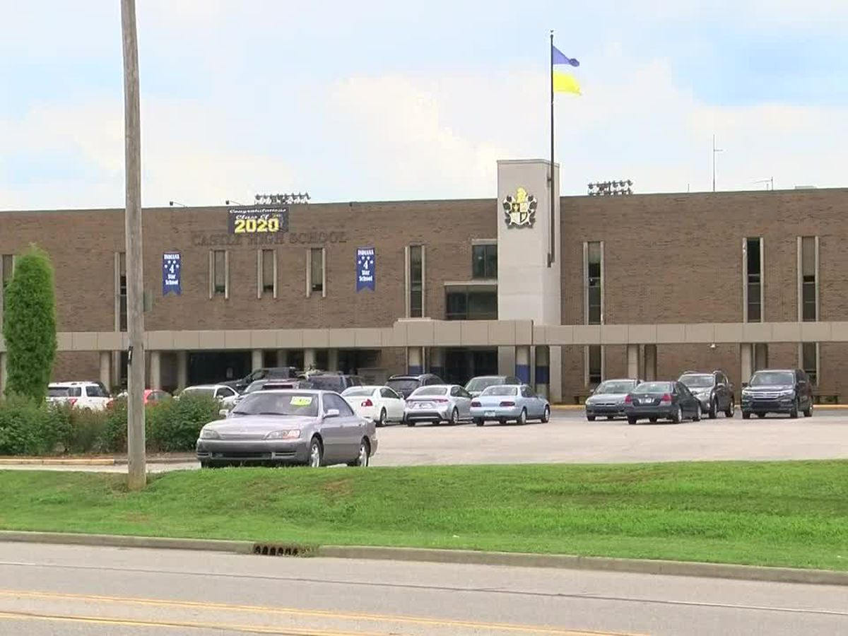 Warrick Schools administrator tests positive for COVID-19