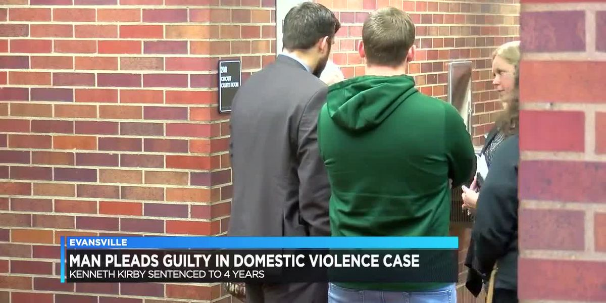 Evansville man sentenced to 4 years after plea in domestic violence case
