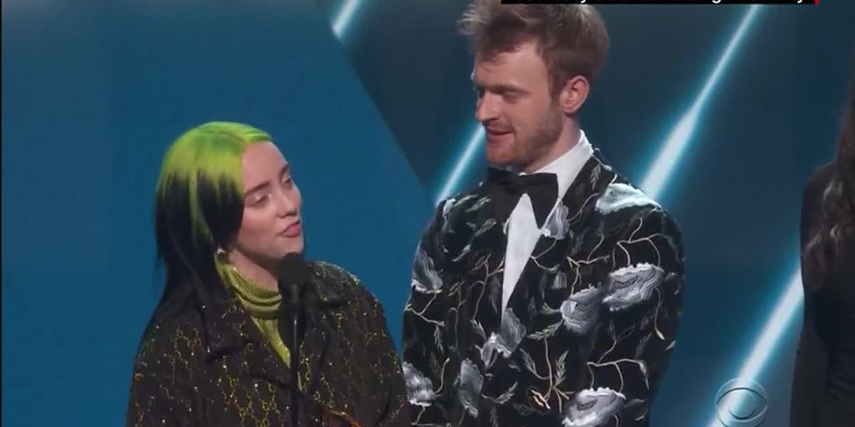 Singer Billie Eilish, 18, makes Grammys history in 'Big Four' sweep