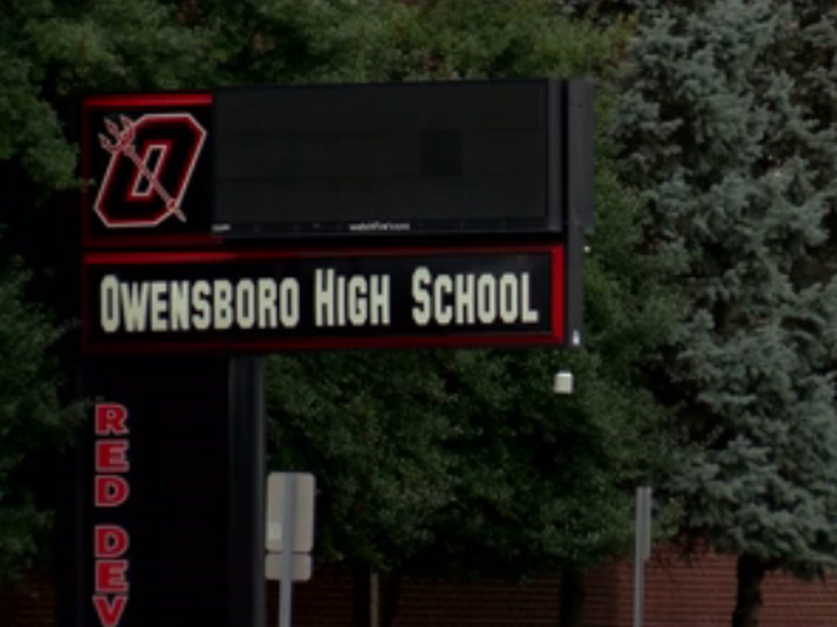 Owensboro High School students graduate Tuesday