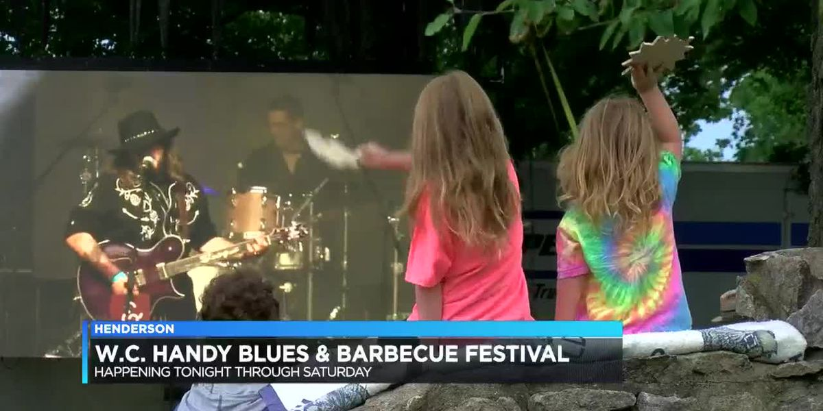Sights, sounds from first day of W.C. Handy Blues & Barbecue Fest