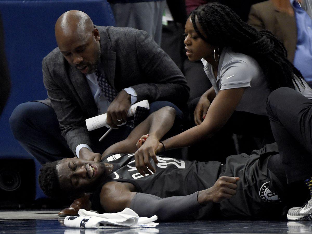 Nets' LeVert sustains apparent severe right leg injury