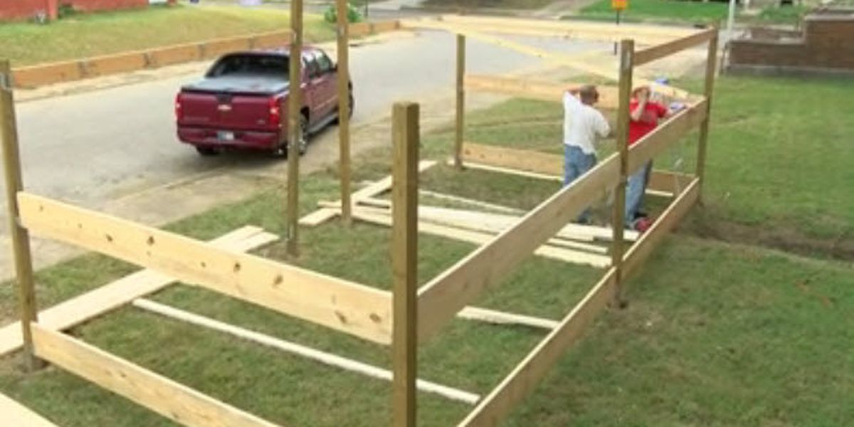 Shalom Yeshua Ministries builds Sukkot