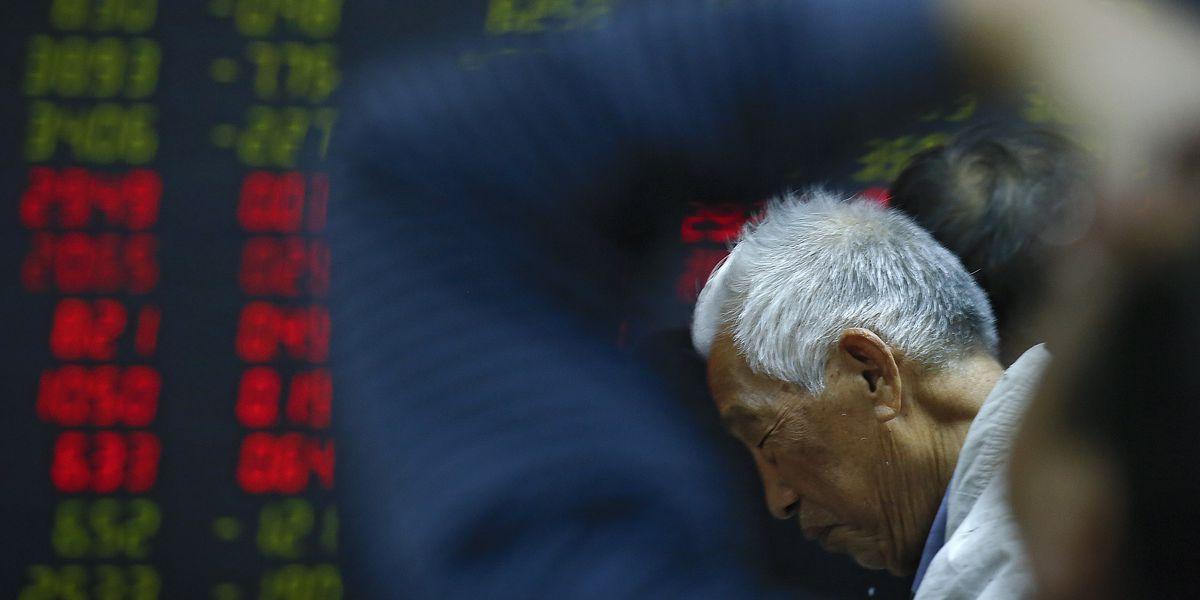 Asian shares mixed on US partial shutdown, Wall Street slump