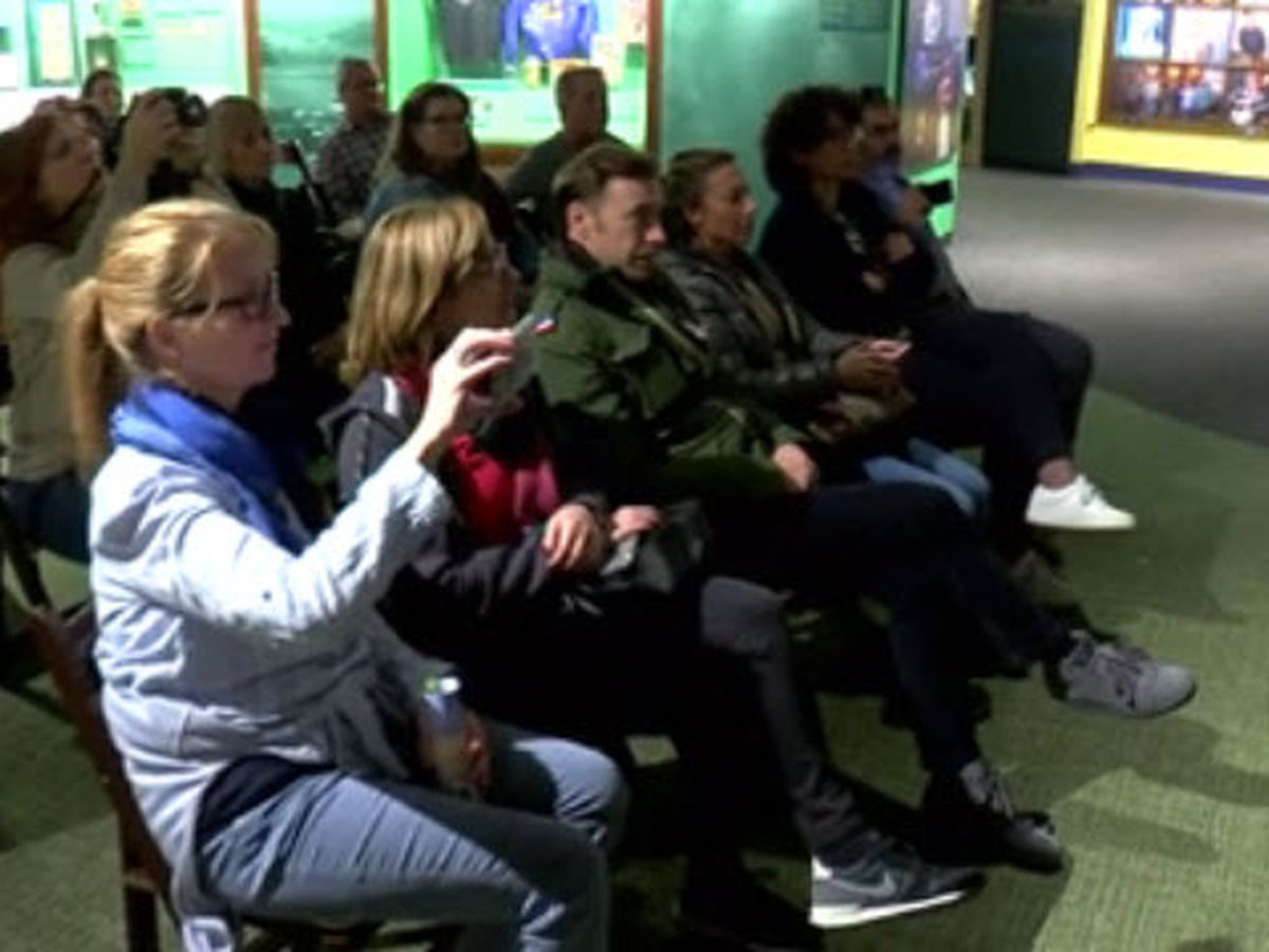 International travelers make stop in Owensboro