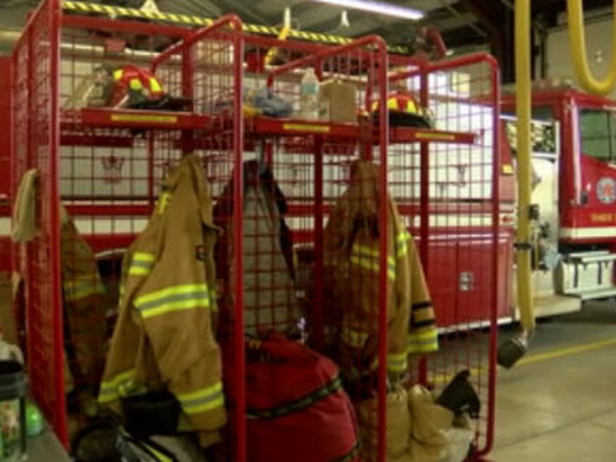Firefighters push for change to combat decrease of volunteers