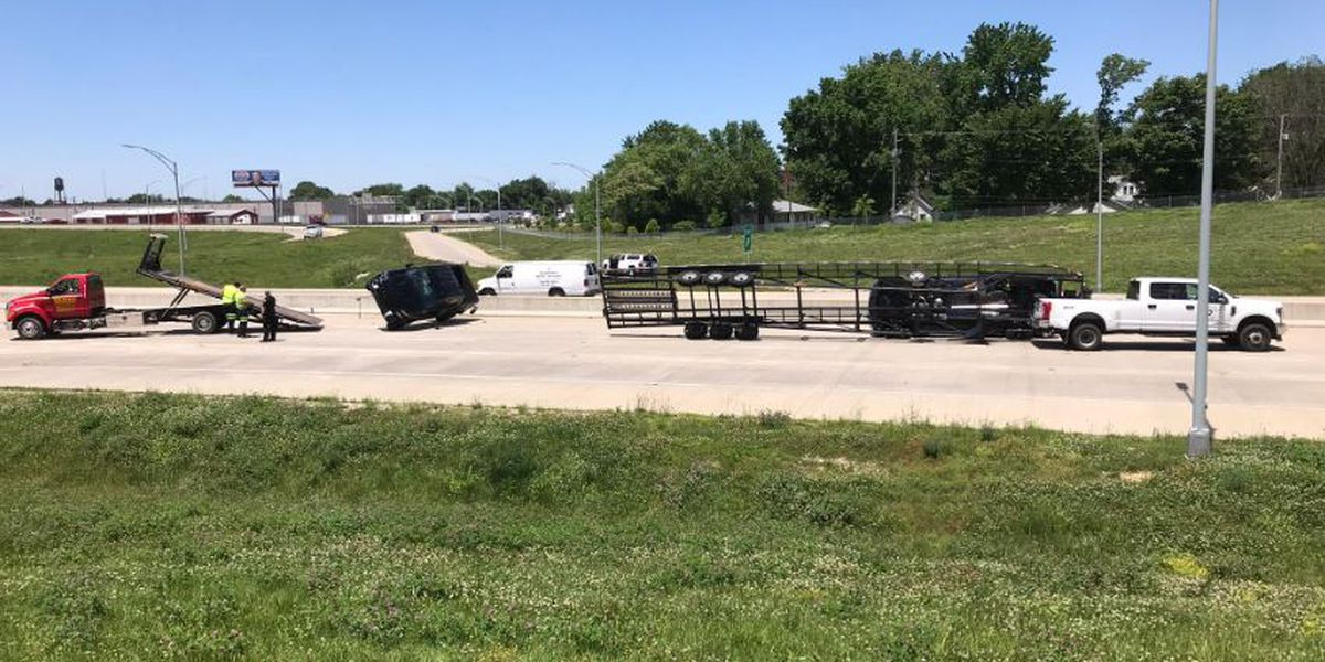 Car transport vehicle overturned at Highway 41 and Lloyd Expressway