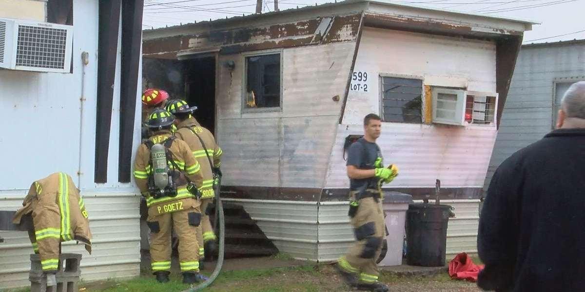 Person killed in Henderson mobile home fire identified