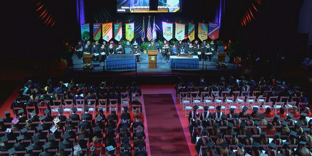 Over 600 USI students graduate Saturday