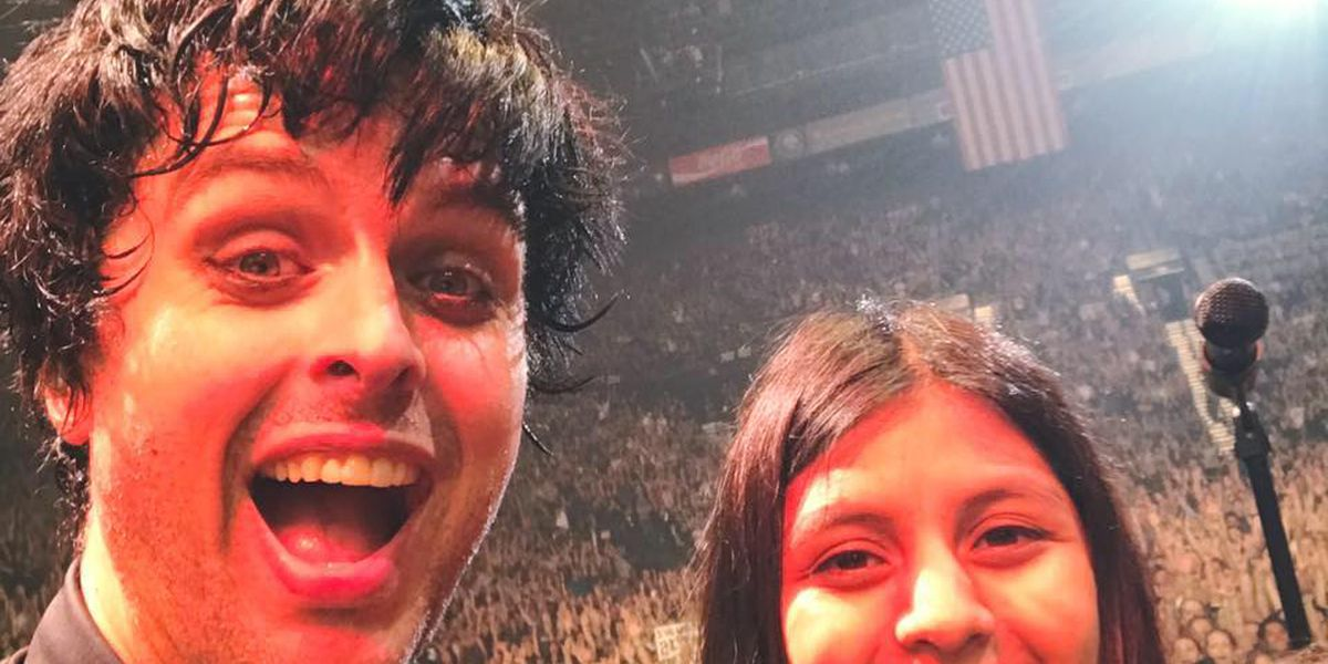 Evansville teen plays on stage with Green Day