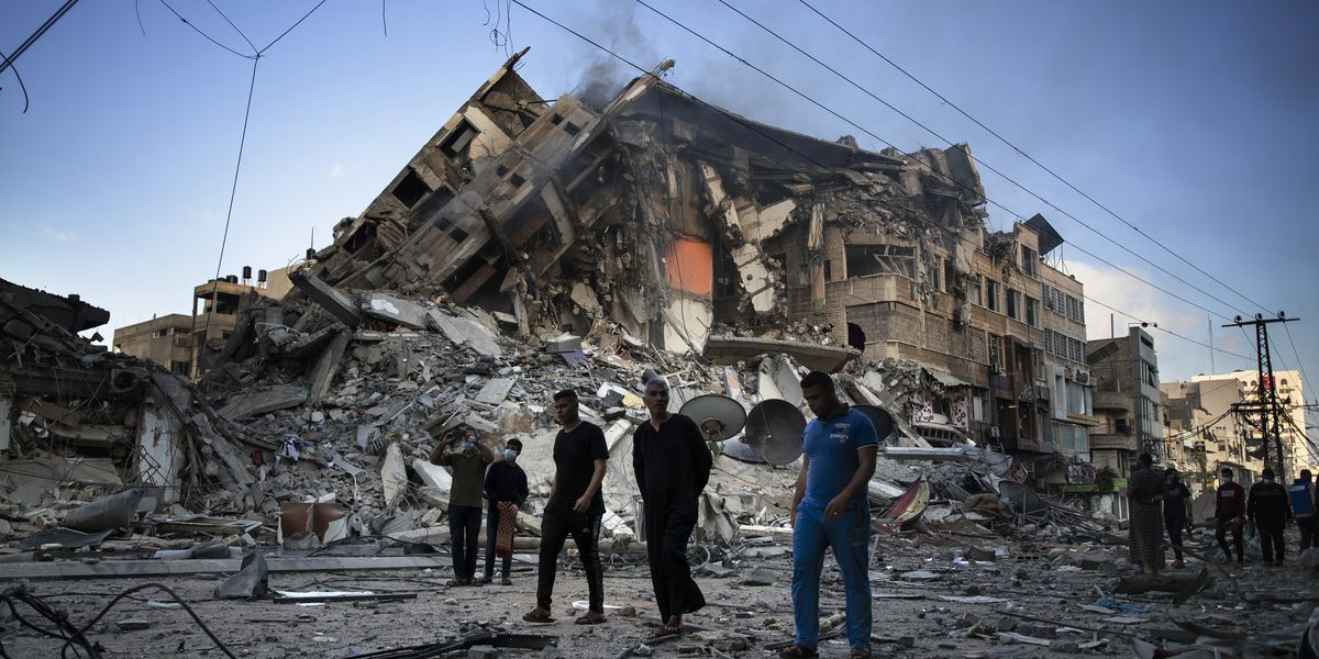 Israeli strikes kill 37, topple buildings in Gaza City